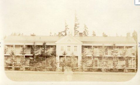 The Fort Ward main barracks, which survived on what is now Parkview Drive from construction around 1910 into the 1980s. The base name was painted in large white letters the roof at one point -- FORT WARD -- to assist military aircraft trying to locate the base.