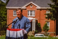 Jay Inslee visits Fort Ward, 2002 Parade Grounds dedication.